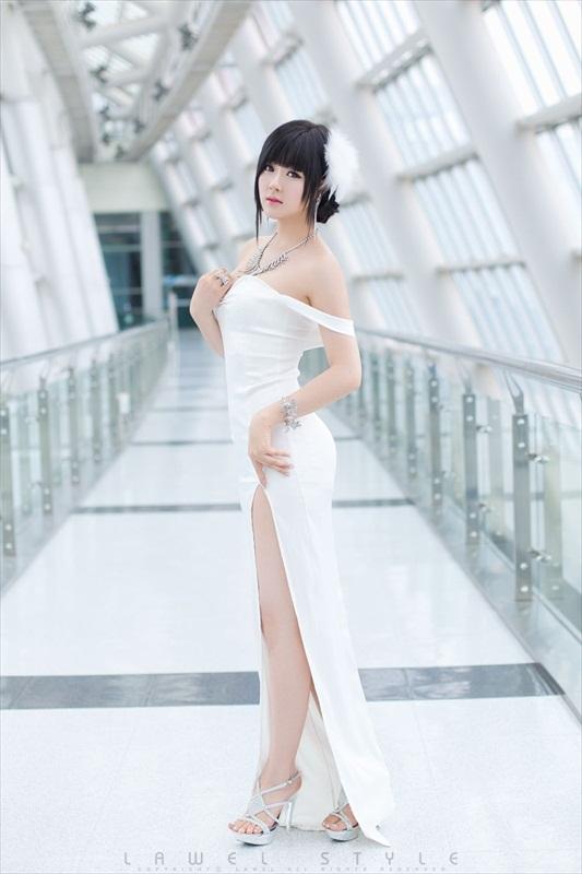 Hwang Mi Hee – Xinh không đỡ nổi Hwang_Mi_Hee_200912_24
