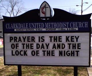 Une dénonciation à faire - Page 2 Prayer-key-lock