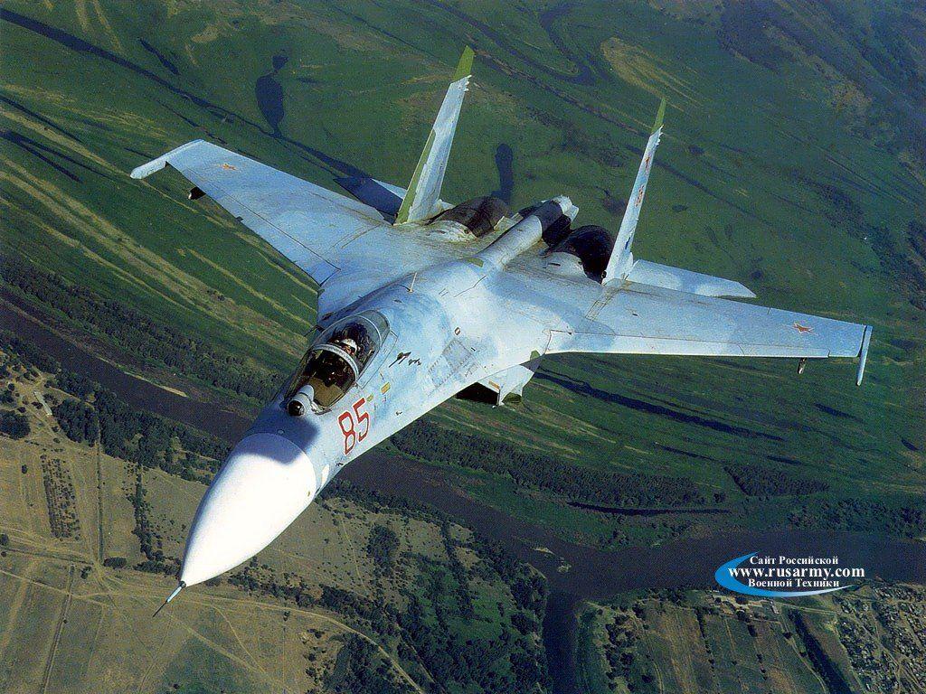المقاتلة الروسية SU-35  المقاتلة التي لا تقهر Su-27%2BFighter%2BJet