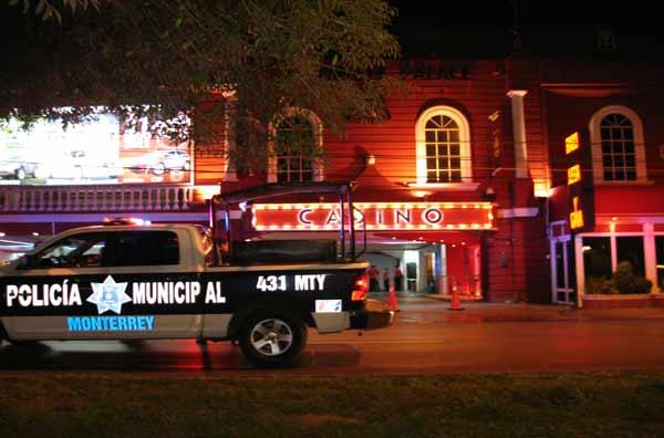 Casino Royale de Monterrey  - Página 2 Asaltomiravalle2