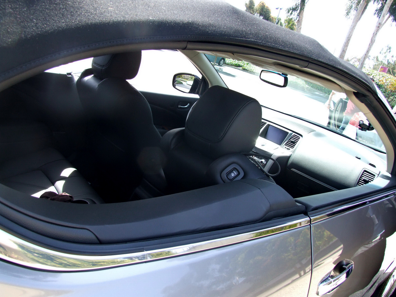 2010 - [Nissan] Murano CrossCabriolet - Page 4 2011-Nissan-Murano-CC-TD-654