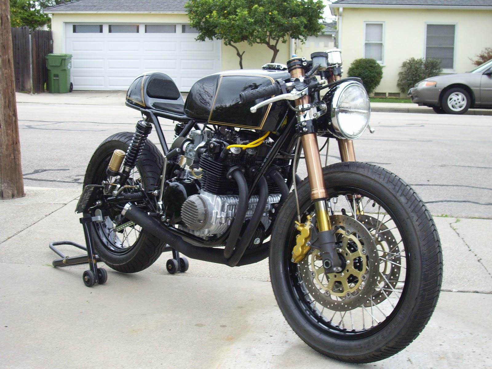 Vous la connaissez celle la? Honda-CB-550-3