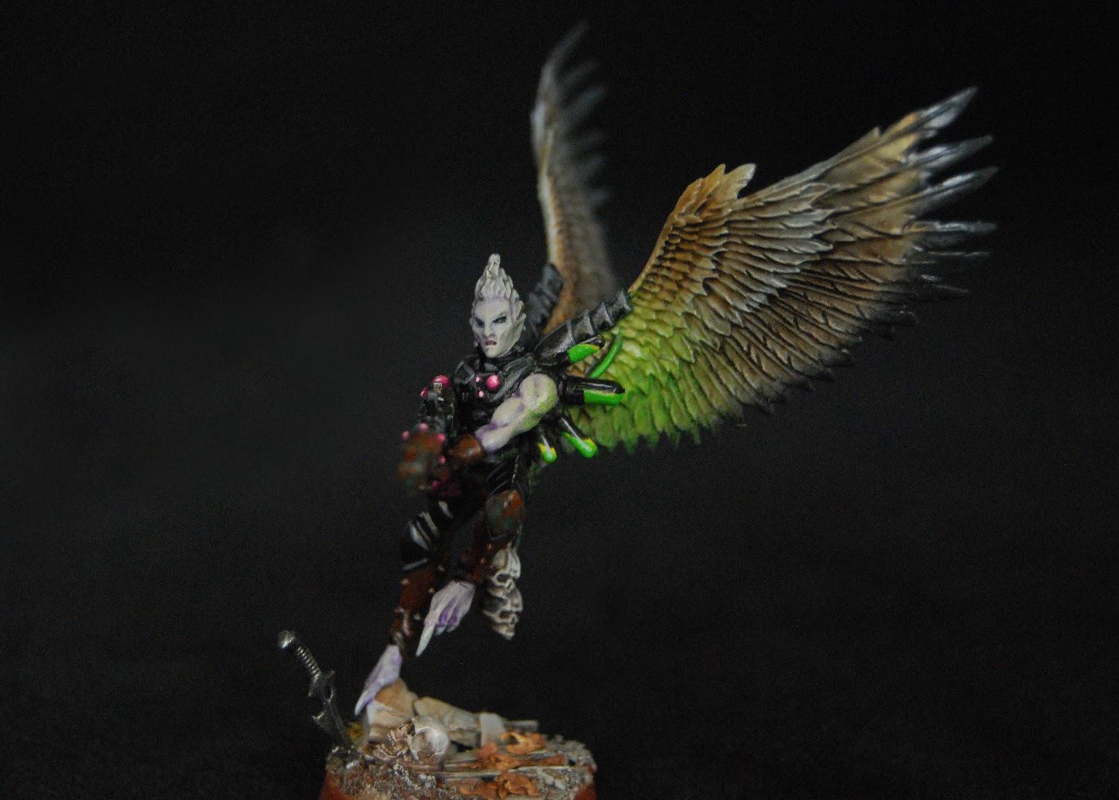 EOE's Dark Eldar Painting Tutorials  Birdwing_Scourges_06