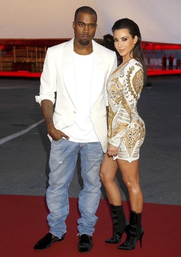 ¿Cuánto mide Kim Kardashian? - Altura - Real height Kanye-West-Kim-Kardashian001