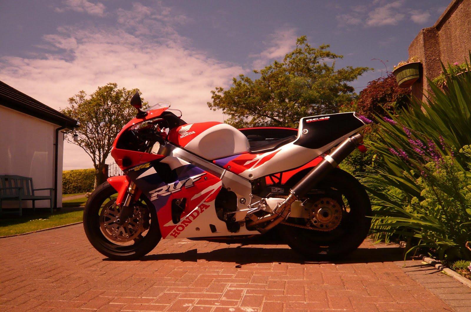 Steve Elliott bike  P1030544