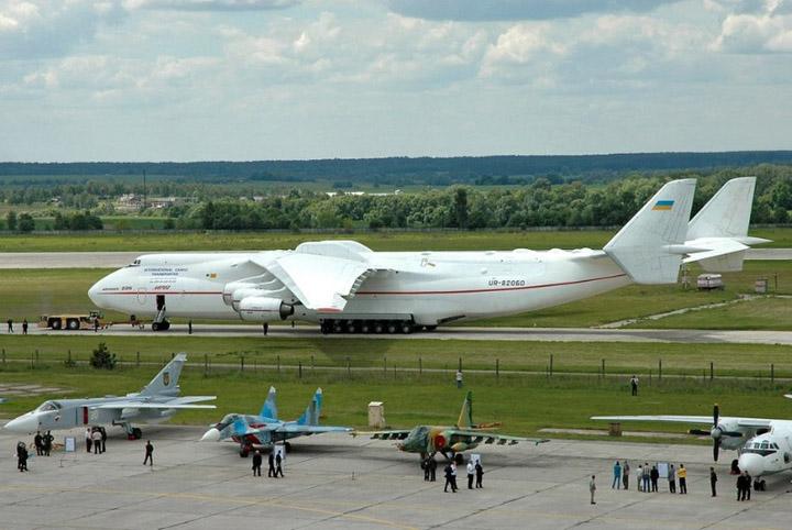 Zanimljivosti o avionima Najveci-avion-na-svetu-16