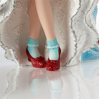 Disney Haute Couture - Enesco (depuis 2013) - Page 5 Dorothy5