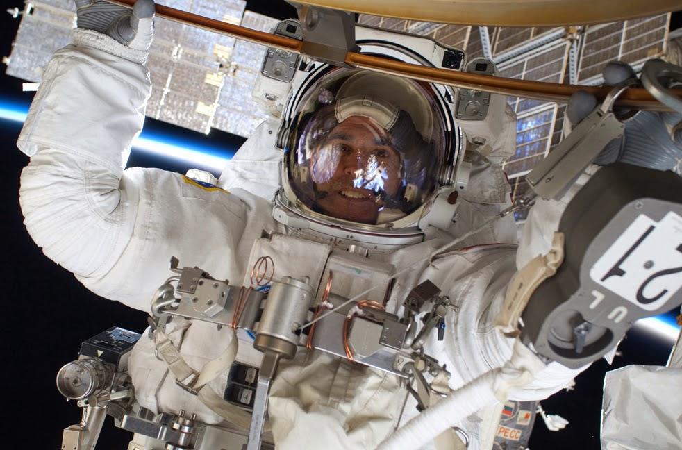 --Работа шаттла на орбите : фотографии-- ShuttleC