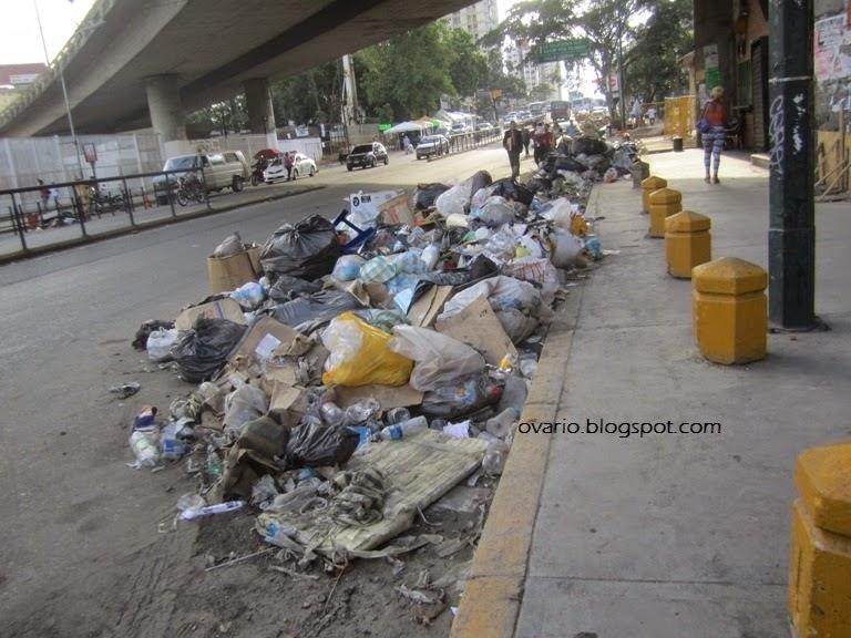 Luego de 16 años de revolución Caracas y la Guaria lucen muy mal  IMG_9617