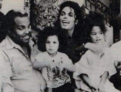 Raridades: Somente fotos RARAS de Michael Jackson. - Página 8 I20ohx