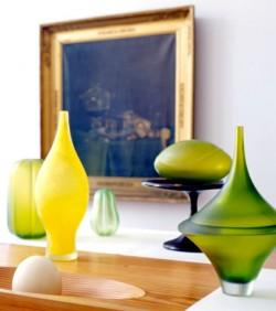 مزهريات أنيقة وعصرية الزخرفية لديكور المنزل Green-and-yellow-modern-vases