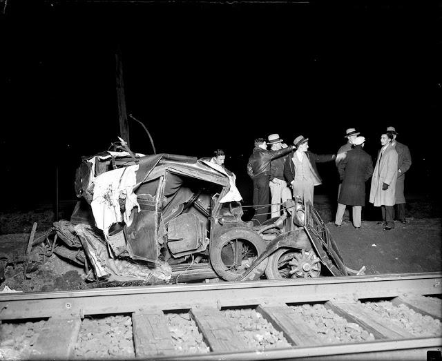 حوادث السيارات في عام 1930 أي قبل 80 سنة .. صور تكشف لأول مرة !؟ Supercoolpics_01_30082012193940