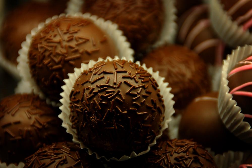 صحتك من خــلآل لونك المفــضـــل || ~ Chocolate__by_ohshrubbery