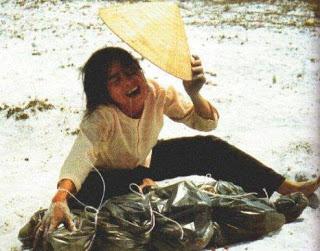 As faláceas mais usadas pelos ateus - Página 10 Vietnam-04