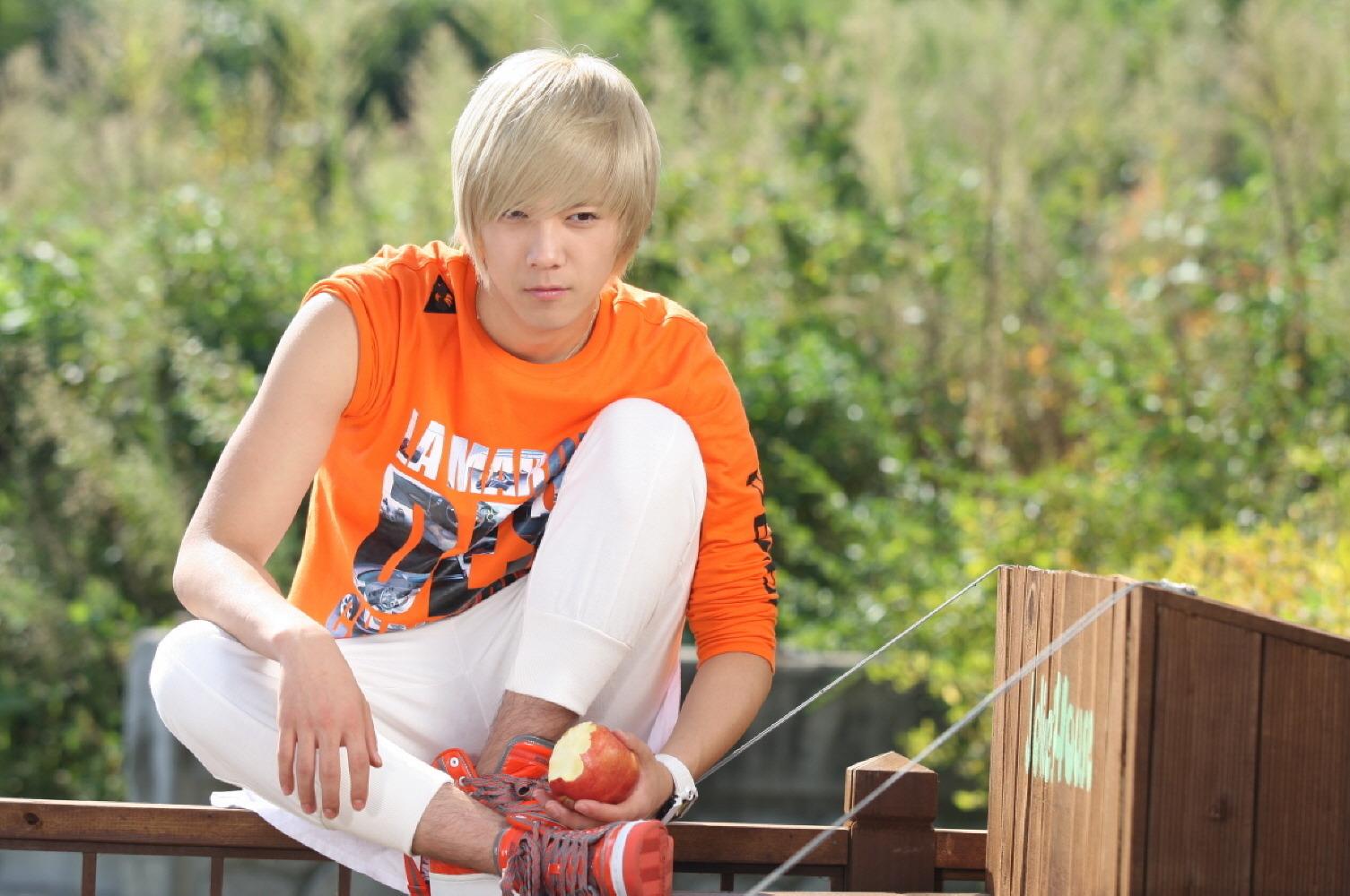 Jang Geun Suk của You are handsome!!!.(new hus of Cỏ) =) Newec9db4ed998deab8b02