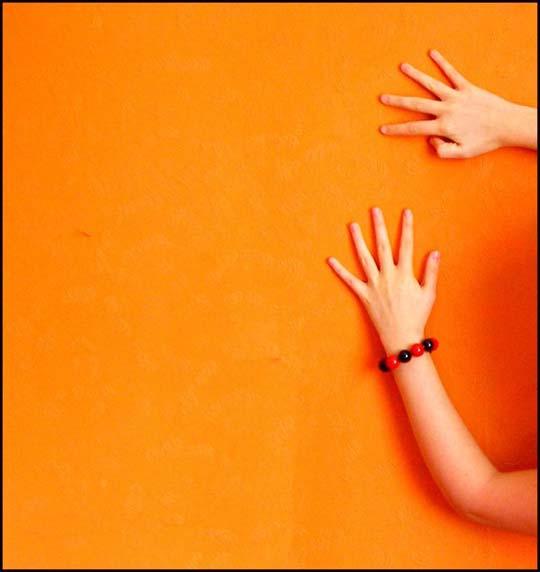 Orange - Page 3 Orange_by_merwize