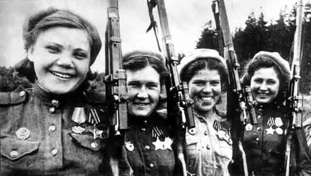 soldats soviétiques Konigsberg_snipers