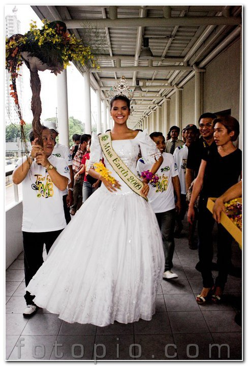 ☻♠☼ Galeria de Larissa Ramos, Miss Earth 2009.☻♠☼ - Página 7 32031400185039644218824