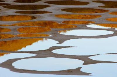 البحيرة المرقطة               Amazing-lake-klikuk