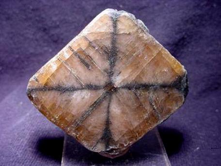Kristali - drago i poludrago kamenje - Page 7 Andaluzit