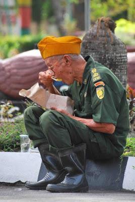 ESAI: Negara Manakah Terkaya di Dunia? Veteran