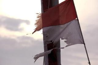 ESAI: Negara Manakah Terkaya di Dunia? Bendera