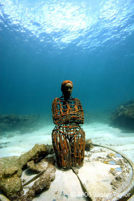 Muzeu me i madh i skulturave nenujore Underwater_sculptures_05
