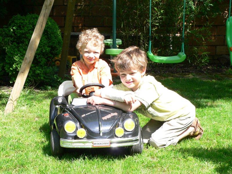 Golf Cabrio electrique pour enfants CoxElec1