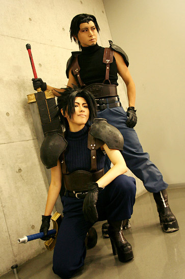 Cosplay Final Fantasy VII Crisis Core 1211115841630
