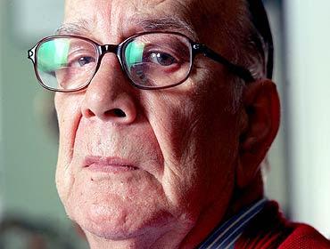 Fragmentos de entrevista con Camilo José Cela  Cela