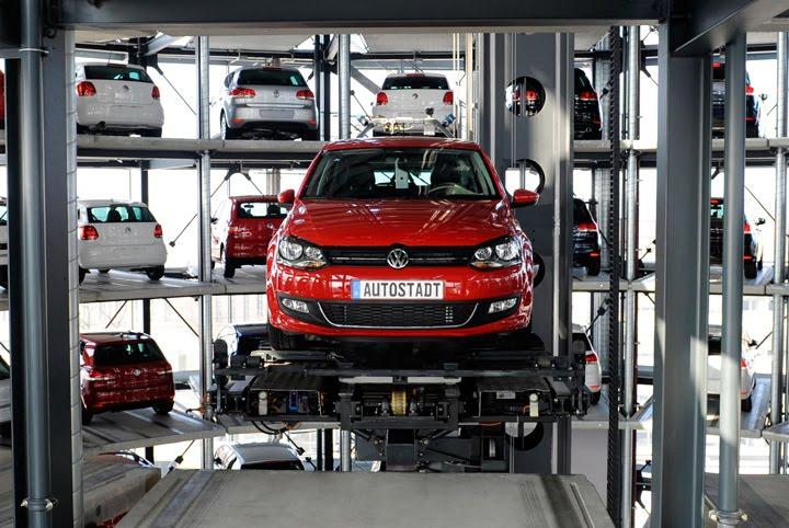 Auto Promocije Car-tower_01