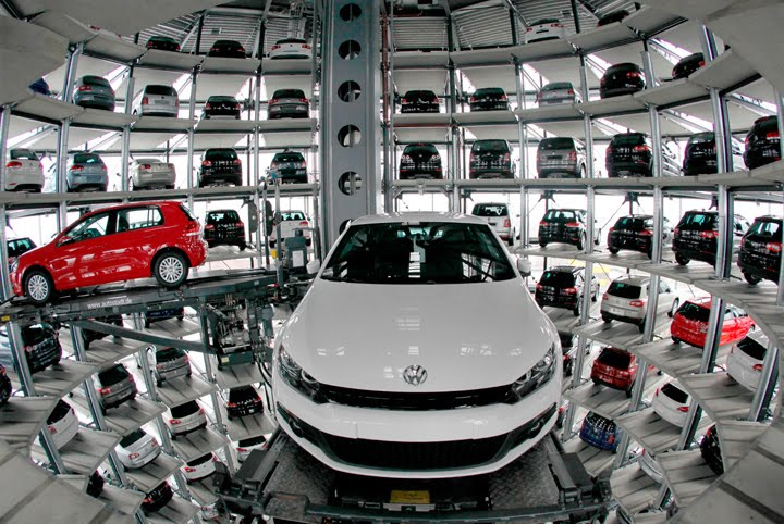 Auto Promocije Car-tower_02
