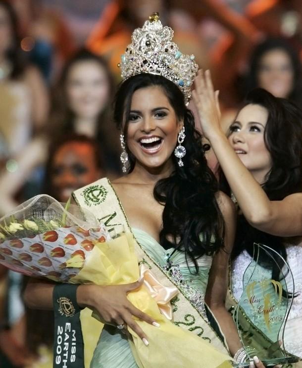 ☻♠☼ Galeria de Larissa Ramos, Miss Earth 2009.☻♠☼ - Página 3 610x8106812