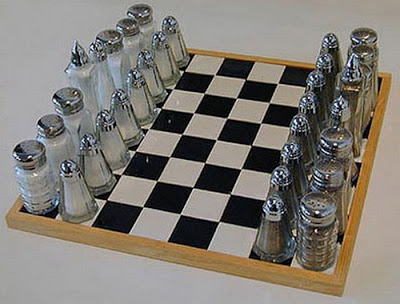 chess board டிசைன்கள் Unusual-chess-boards-06