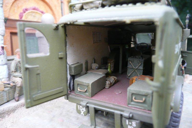 Dodge ambulance WC 54 1/35 Italieri P1050204