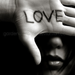 انواع الحب الحقيقي Love_is_blind_by_gardenofgloom_1168185618_7185599