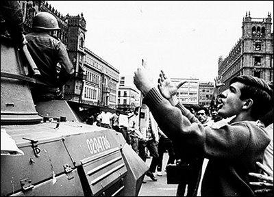 fotos vintage de las Fuerzas armadas mexicanas - Página 4 Tlatelolco