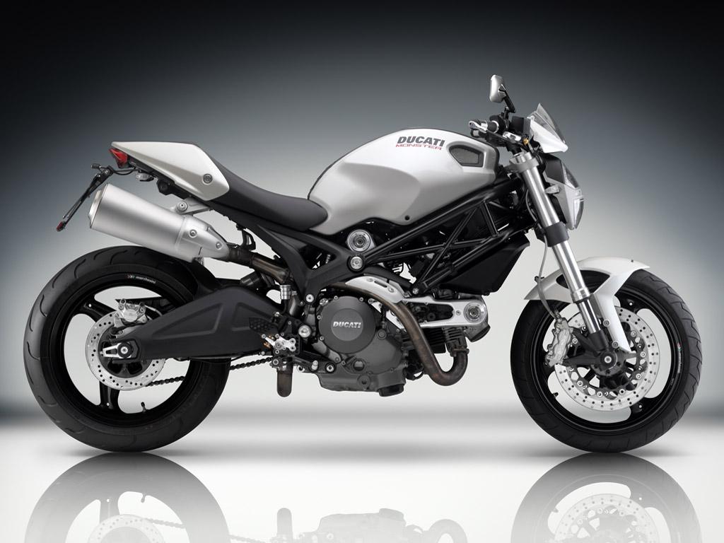 Bike Opinion Ducati_Monster_696_09