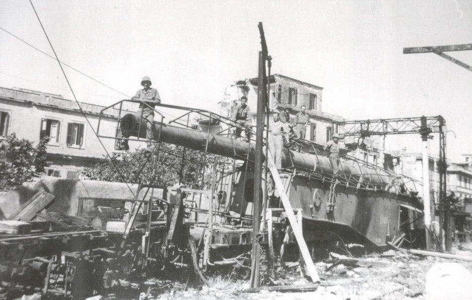 Topčina na RI kolodvoru (1945.) K5%2BItalia%2BHASM