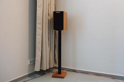 IKEA Stand per diffusori Stand-746387
