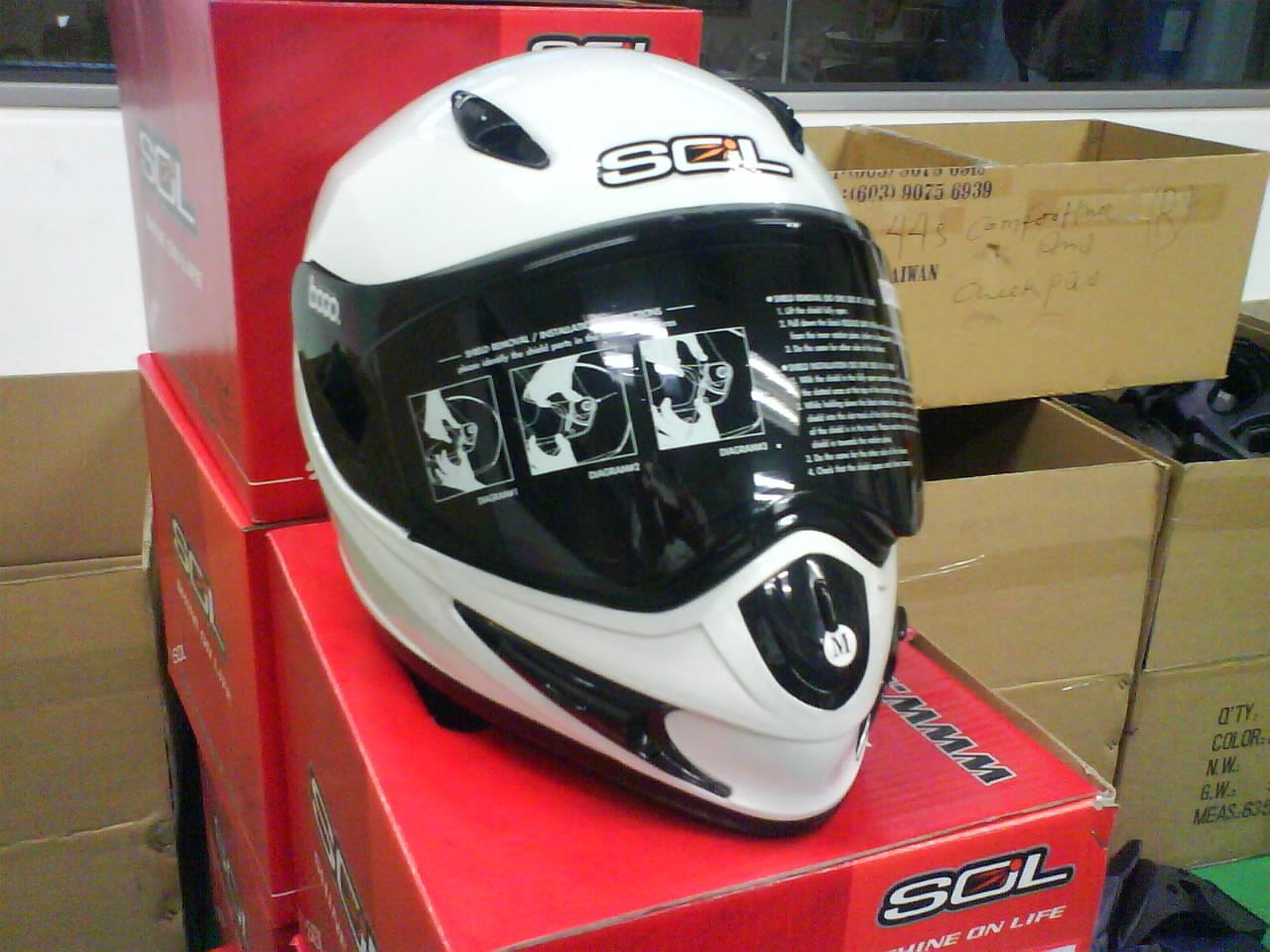 Bluetooth or Intercom for Helmet DSC00178