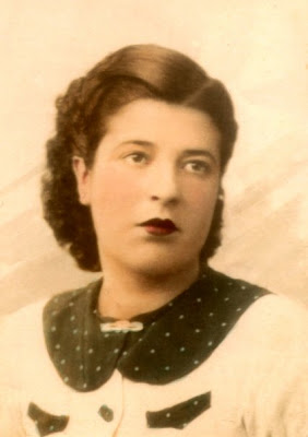 Biografías de Mujeres Socialistas. - Página 2 7523_1144516340799_1464226403_30430006_3367001_n
