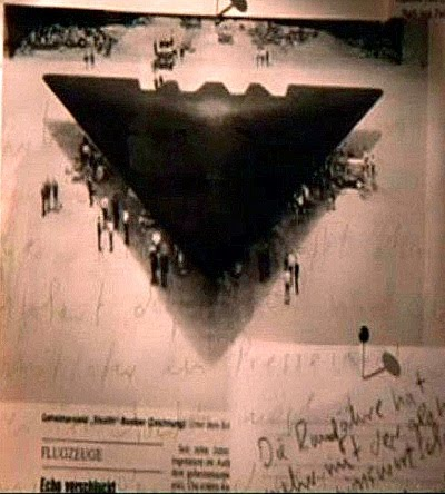 UFO contact -Le ministre de la défence Paul Hellver Belgium_triangle_ufo
