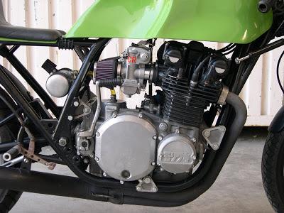 Kawa Z1 Café Racer Motor_800