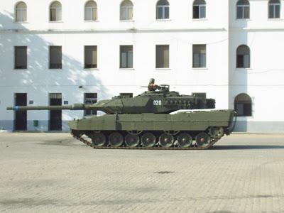 Leopard 2 S3010014