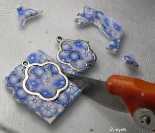 Изготовление цветочных шармиков Tut4