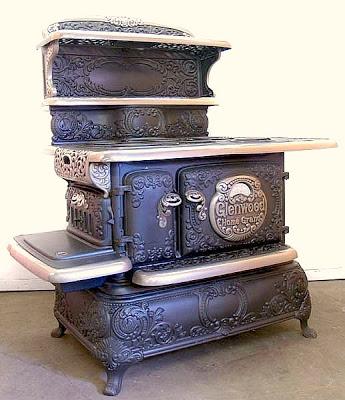 பழமை மாறாத கணப்படுப்புகள் {Antique Stove} Antique-stoves-02