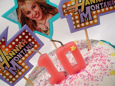 Gateaux Hannah Montana - Page 2 DSC06616