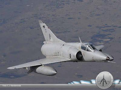 Aeronaves que participaron en la contienda. 1235743846_finger181