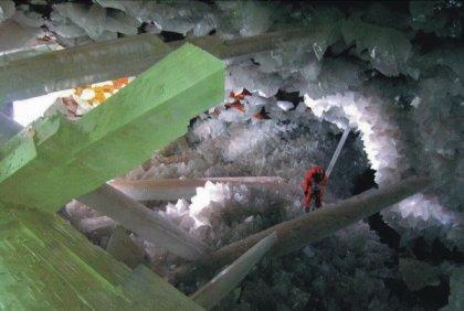 Najzanimljivije  pećine na svijetu - Page 2 Pecina-kristala-5